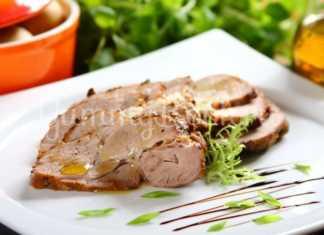 Свинина, запечённая в рукаве с начинкой из хрена