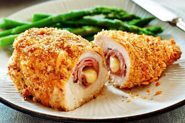 Куриный шницель «Кордон блю», рецепт с фото