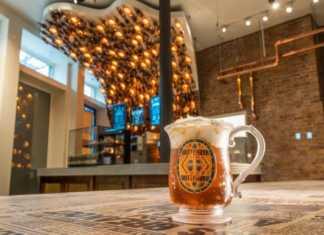 Королевская семья Великобритании расширила свой ассортимент напитков. В поместье Sandringham Estate - «любимый загородный дом» королевы Елизаветы II , недавно объявили о разработке двух разных сортов пива, которые начали продавать в начале мая.